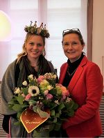 Blumenkönigin Eva II & Präsidentin Bettina Vollath  © Tropper, LTD